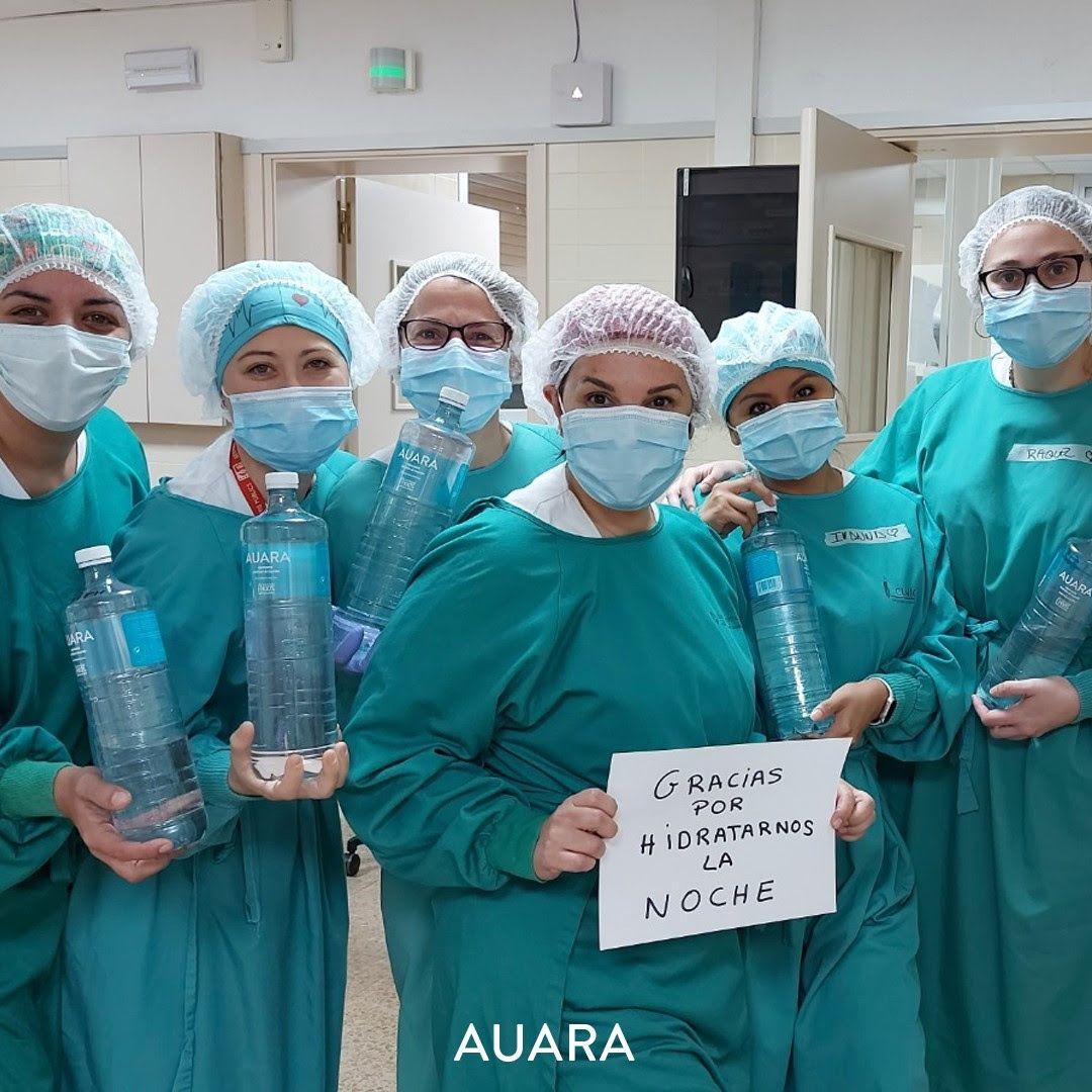 AUARA agota sus fondos tras donar 1M de botellas de agua a hospitales de 9 CCAA
